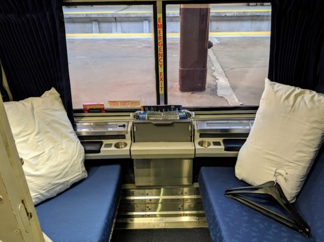 Overnight Amtrak_2_Roomette